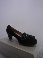 Zapatos en Berlogui Zaragoza por Kylie